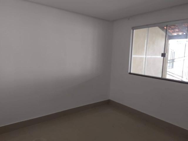 Vendo casa escriturada de 3 quartos na 102 do Recanto das Emas. - Foto 7