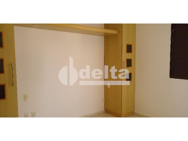 Apartamento para alugar com 3 dormitórios em Saraiva, Uberlândia cod:605513 - Foto 5