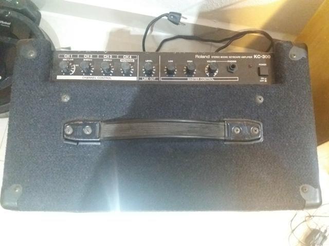 Amplificador Roland Kc 300 - Foto 2