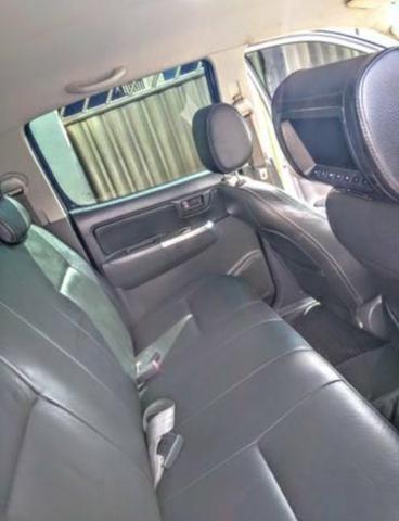 Camionete Toyota Hilux 2.7 cd srv 2012 automatica - Foto 3