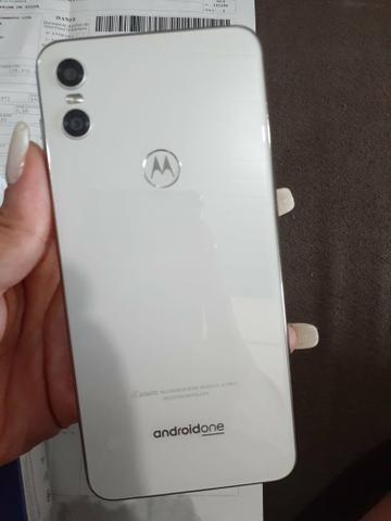 Vendo ou troco Moto One por iPhone 6 32g ou 64g