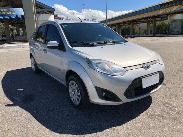 Fiesta Sedan 1.6 Completo + GNV Financia 100% - Foto 2