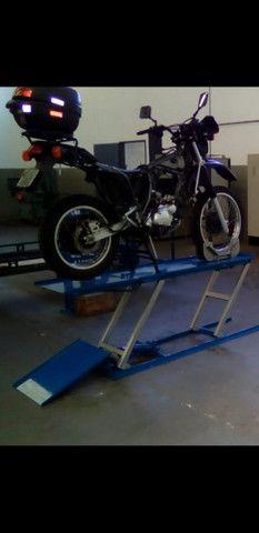 Elevador de motos de  fabrica 350 kg - zap 24horas deixe seu número  - Foto 9