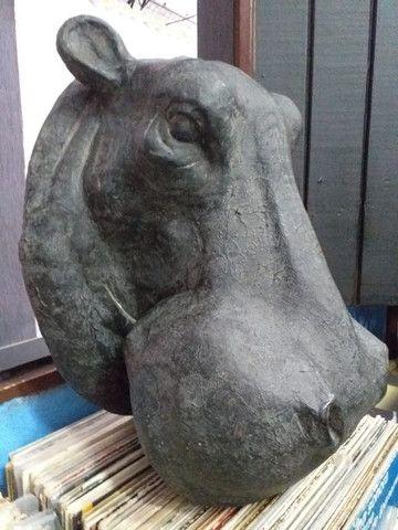 Escultura - Cabeça de Hipopótamo