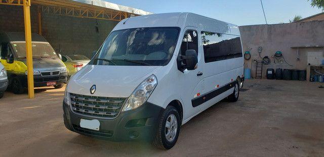 Ágio Renault Master 35.000 + 48x de 1.715,00 - Foto 2