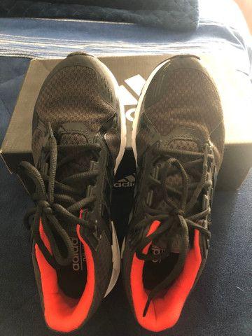 Tênis adidas muito novo número 38 - Foto 2