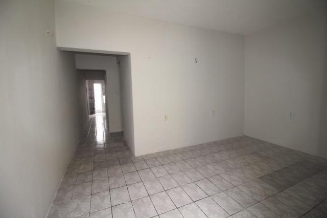 Casa para alugar com 2 dormitórios em Benfica, Fortaleza cod:CA0063 - Foto 3