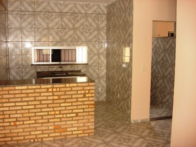 Benfica Apto com 02 Qtos, Sala, WC, Cozinha, 1 vaga para carro.(Cód.613) - Foto 6