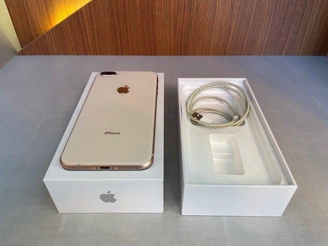 iPhone 8 Plus 64GB Dourado  - Foto 2