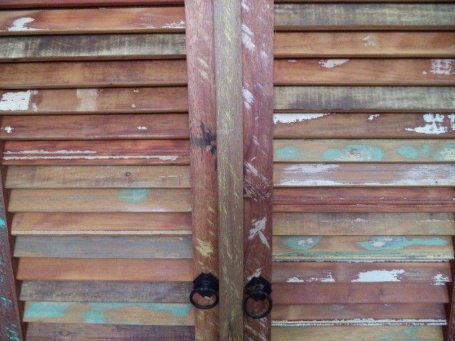 comoda em madeira de demolição portas ventiladas. - Foto 6