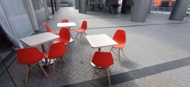 Mesas e cadeiras para lanchonete