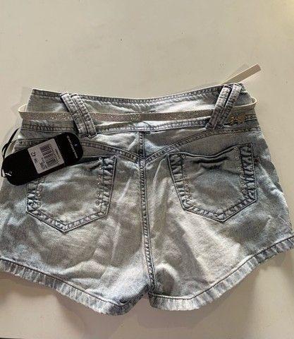 Shorts Feminino Novo com Cinto - Foto 2