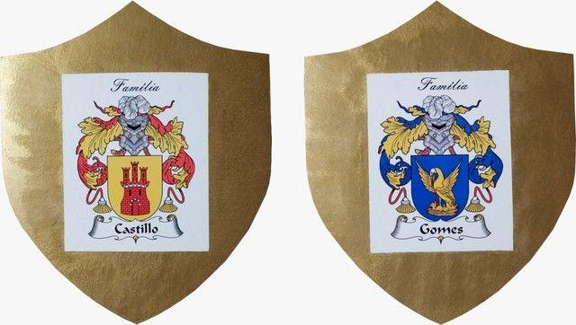 Escudo com Brasão de Armas da Família