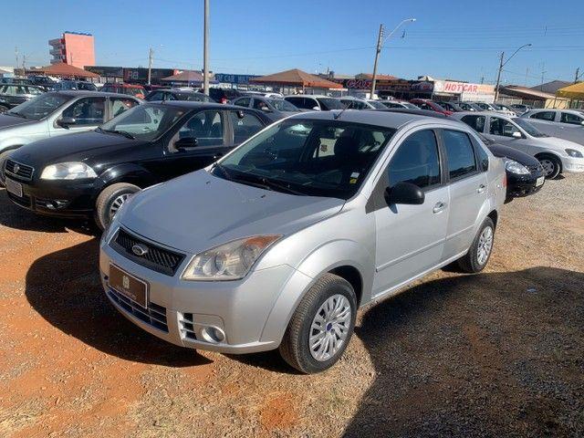 Venda Fiesta sedan 2008 1.6