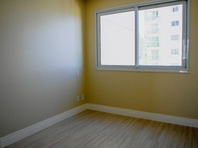 Apartamento de Alto Padrão na Avenida Brasil! 4 Dormitórios (sendo 2 Suítes)- 2 Vagas  - Foto 17