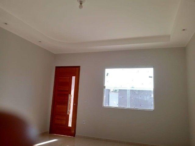 Maravilhosa casa em Itaipuaçú com uma excelente sala de estar!!!  - Foto 5