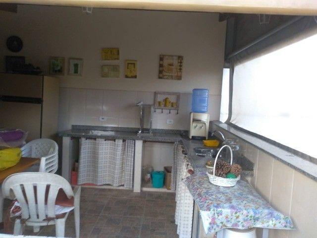 Casa com três dormitórios numa área de 720 m2 em Bairro nobre de São Lourenço-MG. - Foto 16