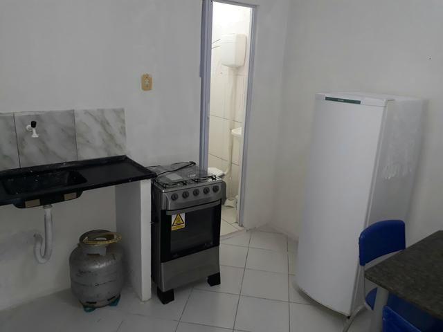 Aluga-Se kitchenette mobiliado