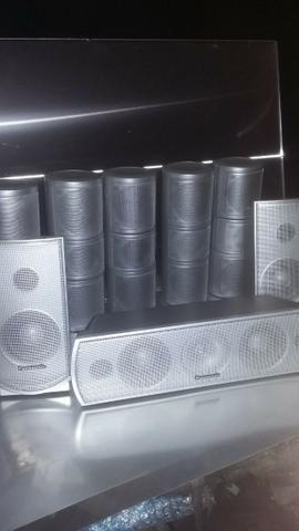 Conjunto de caixas tiradas de home Theater Panasonic em perfeito estado