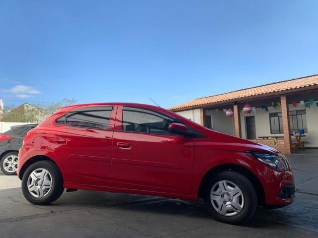 Chevrolet Onix LT 1.0 FLEX 4P - Foto 5