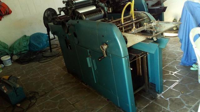 Máquina gráfica industrial