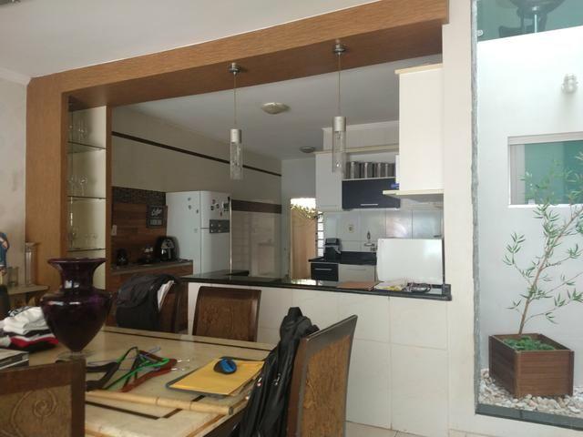 Arniqueiras QD 05 Casa 4 qts 3 suítes lazer condomínio fechado só 599mil Ac FGTS Imóvel - Foto 7