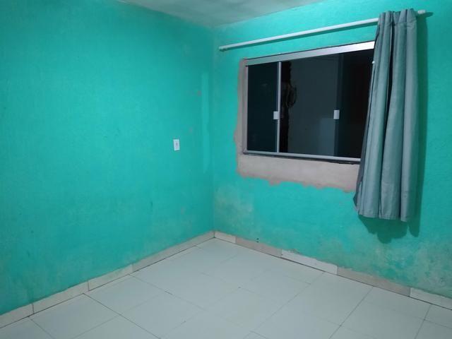 Kit Net para alugar, de um quarto cozinha e sala casa toda no blindex recém reformada - Foto 2