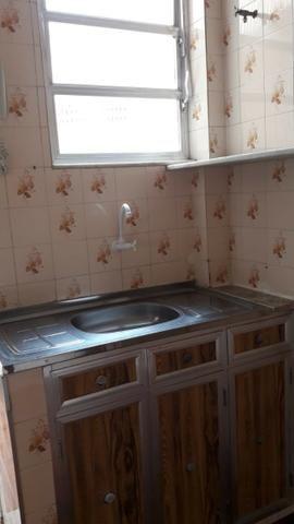Apartamento 2 qts, garagem e área de lazer no Barreto - Foto 9