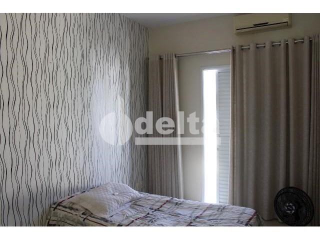 Casa de condomínio para alugar com 4 dormitórios cod:604961 - Foto 12