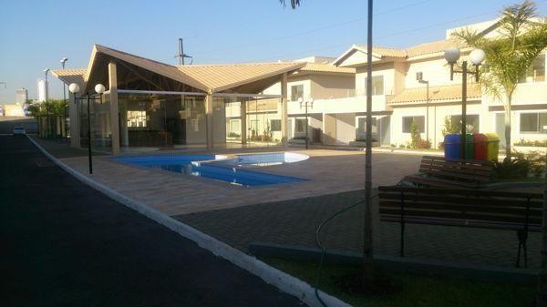 Casa em condomínio com 3 quartos no R- Vilar Primavera - Bairro Setor Castelo Branco em Go - Foto 2