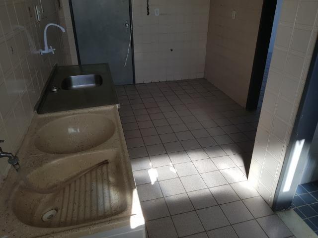 Apartamento com 3/4, 2 banheiros varada área de 70 m2, 8º andar - Jatiúca - Foto 16