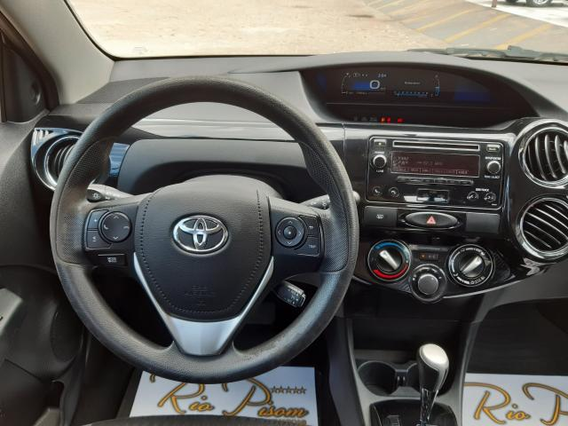 Toyota Etios XS 1.5 Automático 16/17 - Troco e Financio!! - Foto 10