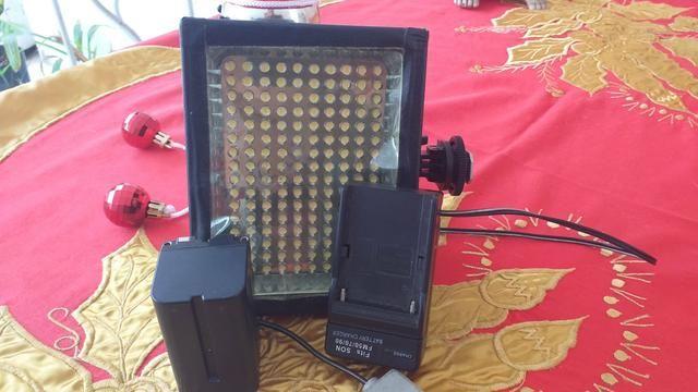 Iluminador de led com bateria e carregador para filmadoras e dslr - Foto 6