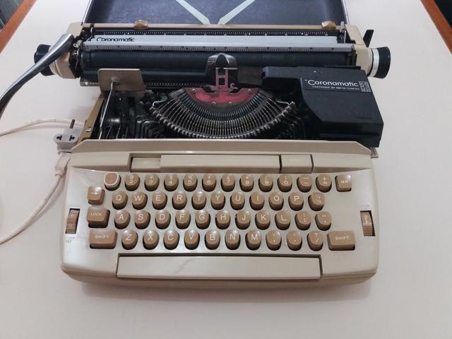 Maquina de escrever elétrica - Smith - Corona Coronet Cartridge 12