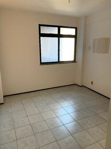 Apartamento no Cocó com 3 quartos + dependência de empregada - Foto 12