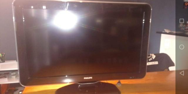 Tv Phillips 32 polegadas - Foto 3