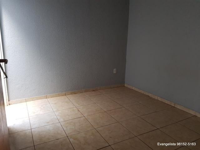 Urgente Linda Casa de 3 Quartos Escriturada + Barraco de Fundo - Foto 14