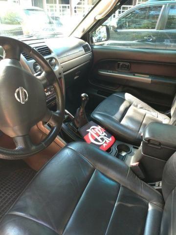 Vendo Nissan Xterra 2.8 SE 05/06 completa! - Foto 9