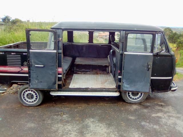 Kombi carroceria e passageiro - Foto 13