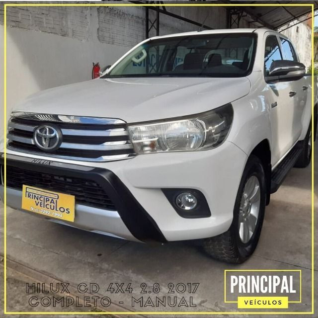 Toyota Hilux Cd 4x4 2.8 2017 Completo - Manual - Foto 3