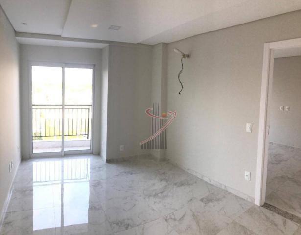 Apto novo no Ed. Iguassu Falls Residence, com 1 suíte, sala com sacada e vaga de garagem - Foto 2