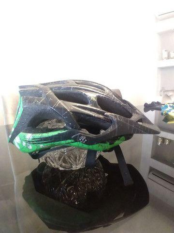 Bicicleta Scott + capacete Specialized - Foto 4