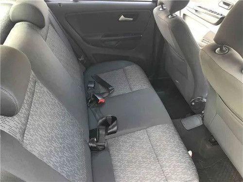 Volkswagen Fox 1.0 MI Trend 8V Flex 4P agio: 9,000 - Foto 8