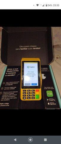 Máquina de cartão da PagSeguro aceita débito e crédito e refeição
