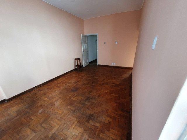 Barra.Jardim Brasil.AP 2/4 com 90 m2,nascente com varandão.Bem Localizado!Oportunidade! - Foto 12