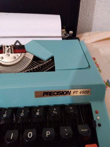 Máquina de escrever antiga  - Foto 2