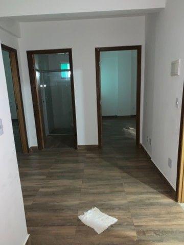 Vicente Pires, APT de 2 QTS pronto para morar C/ moveis planejados,elevador,receção! - Foto 6