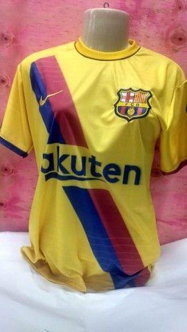 Camisas Futebol Internacional Masculina tamanho P adulto. - Foto 4