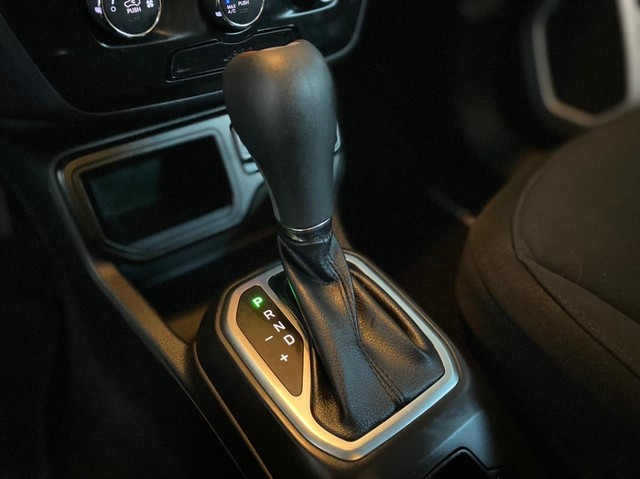 Jeep Renegade Sport 1.8 2019  - Foto 12