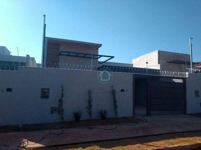 Casa com 3 dormitórios à venda, 86 m² por R$ 400.000,00 - Jardim América - Campo Grande/MS